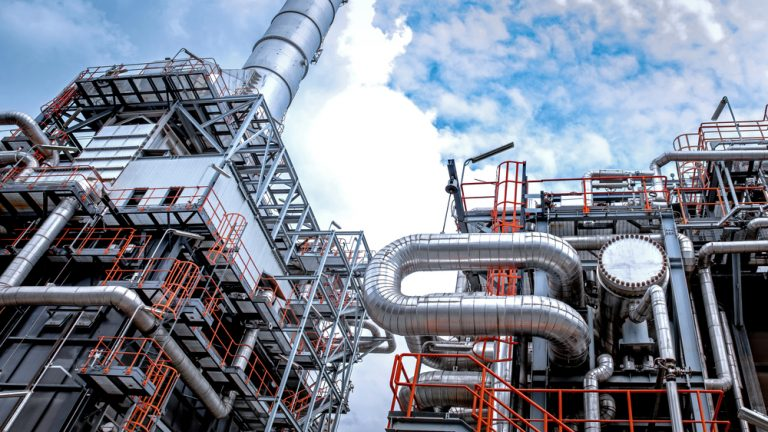 Reducing Unplanned Refinery Downtime with Lasting Corrosion Prevention
